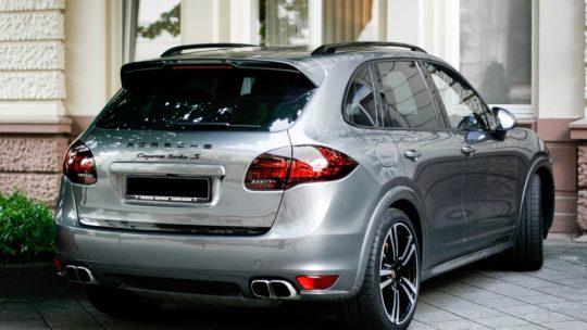 Porsche Cayenne: la SUV routière