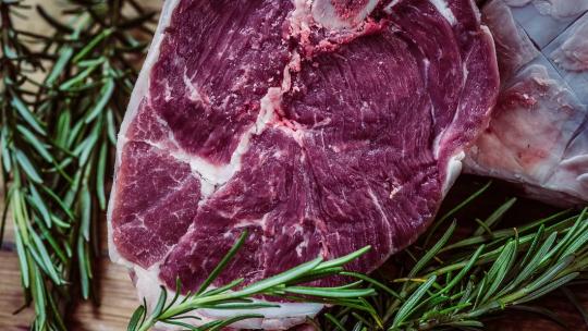 Pourquoi opter pour la livraison viande casher à domicile ?